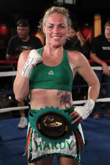 Heather Hardy: MMA, Dornálaíocht, Taifead, Fear céile & Glanfhiúchas